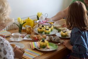 Afternoon Tea for Granny Mook & Lulu